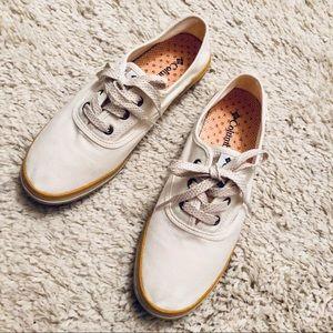 COLUMBIA Vulc N Vent Lace Up Sneaker Sz 8.5